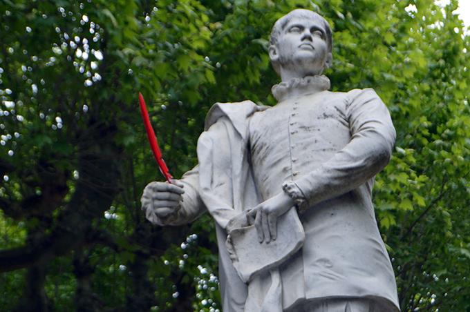 Statue_d'Étienne_de_La_Boétie_1