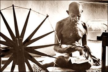 EL MUNDO DE MAÑANA, por Mahatma Gandhi