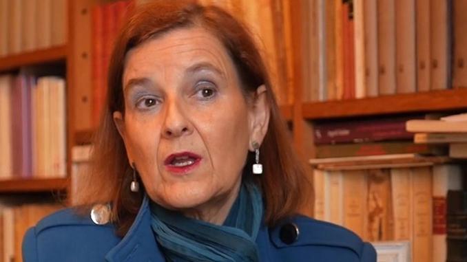 María Elósegui678x381