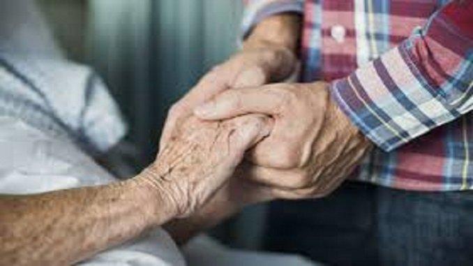 manos de anciano-ip