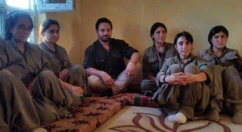2014 – Abascal de VOX con las heroínas rojas del PKK -, una organización considerada terrorista – Twitter