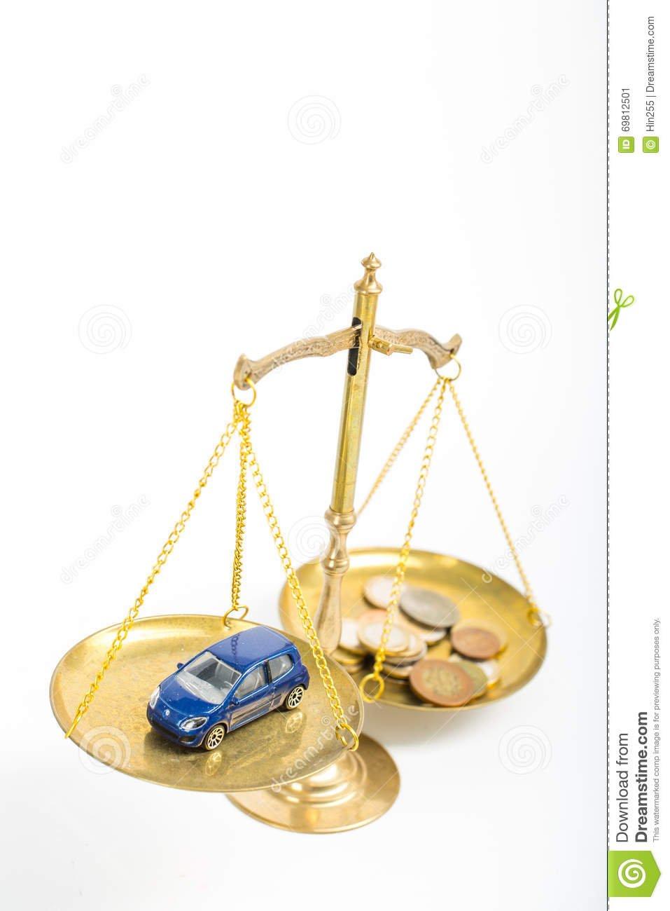 justicia-de-la-necesidad-del-accidente-de-tráfico-69812501