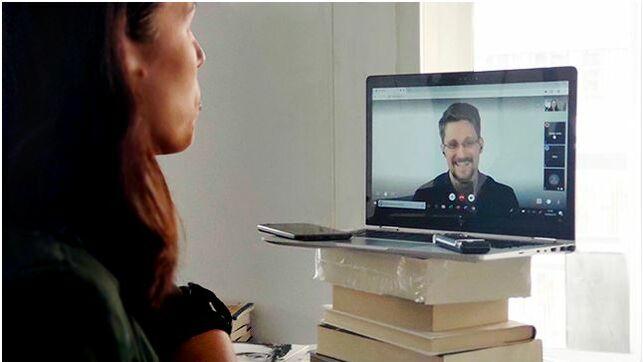 Entrevista-Edward-Snowden-traves-Skype_EDIIMA20190916_0833_19